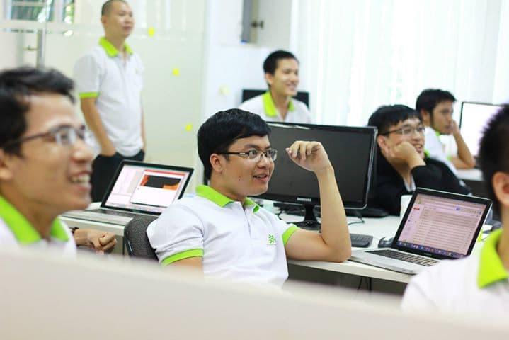 Hiring an offshore software development center: some critical factors